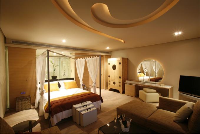 Destino espa a conoce los destinos y alojamientos con for Listado hoteles 5 estrellas madrid